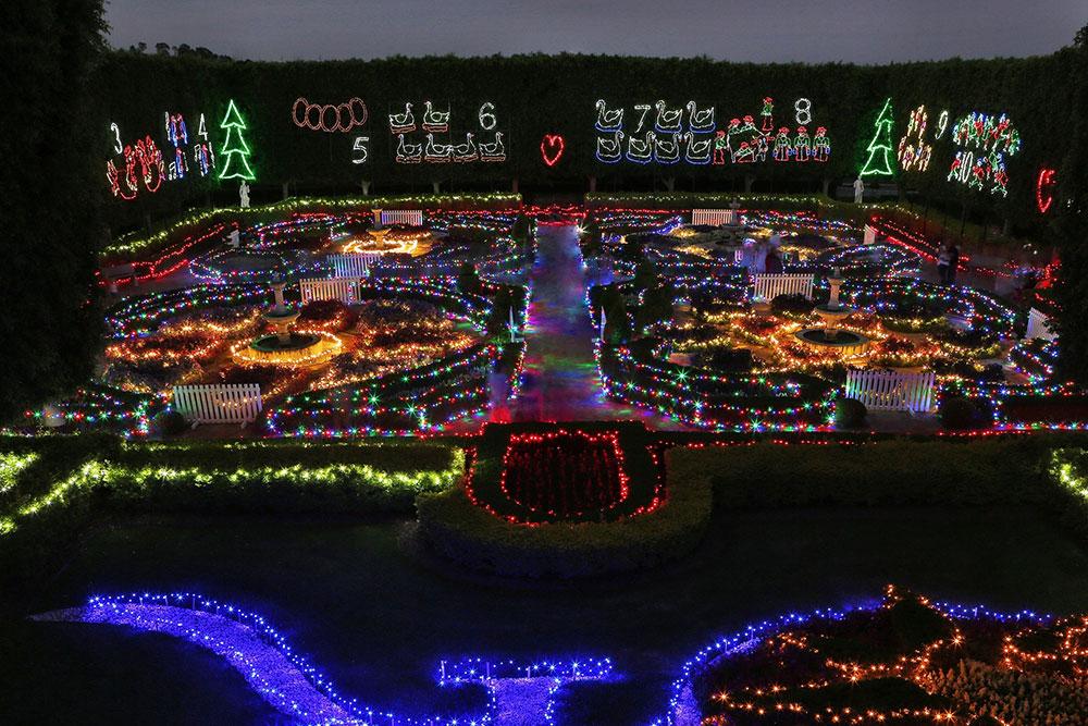 christmas-lights-hunter-valley-gardens - Christmas-lights-hunter-valley-gardens Around Hermitage, Pokolbin